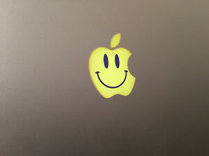 amarillo-cara-sonriente-Manzana-Logo-Vinilo-Pegatina-Adhesiva-para-Apple-Macbook