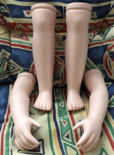 Orchidée-Poupées 4 pièces chrétienne pour poupées taille 55