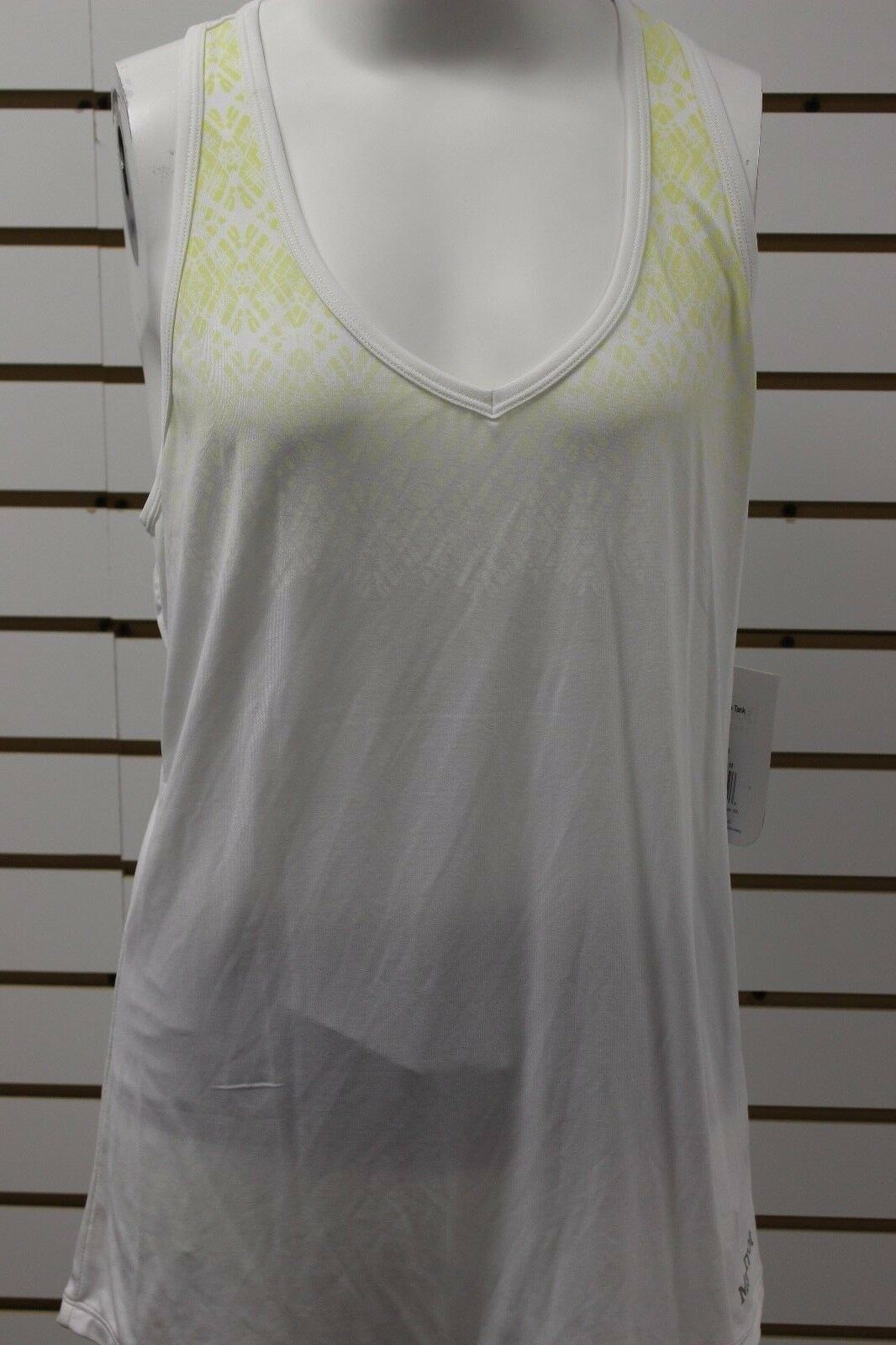 Women's Marmot Layer Up Sleeveless Tank White 55300 Brand New With Tag