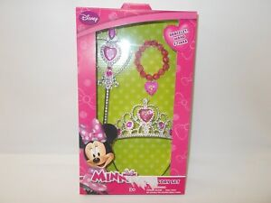 Sambro-DMM-1251-Minnie-Mouse-Accessory-Gift-Set-Brand-New