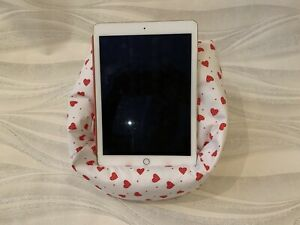 Details about Heart Style iPad Pro, tablet stand, kindle cushion, tablet  holder, book stand