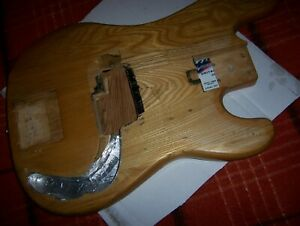P-BASS-BODY-1970-039-S-KOREAN-NAT-WOODGRAIN-READ