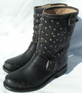 4a7f8a57f29e Frye Women s Jenna Cut Stud Short Leather Boots Size 5.5 Black NEW ...