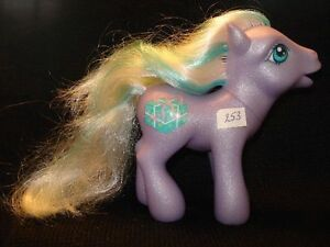 MON PETIT PONEY *my little pony N°253 Chine 2002