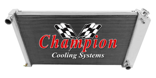"""3 Row WR Radiator 17/""""x28/"""" Core for 1968-1977 Chevrolet Chevelle Manual Trans"""