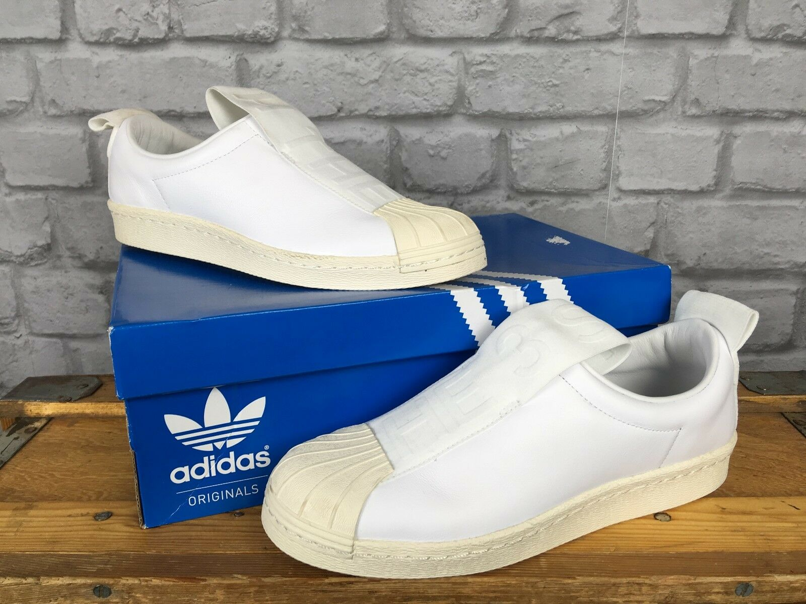 ADIDAS LADIES6 EU 39 1/3 ORIGINALS blanc  SUPERSTAR BW SLIP ON TRAINERS
