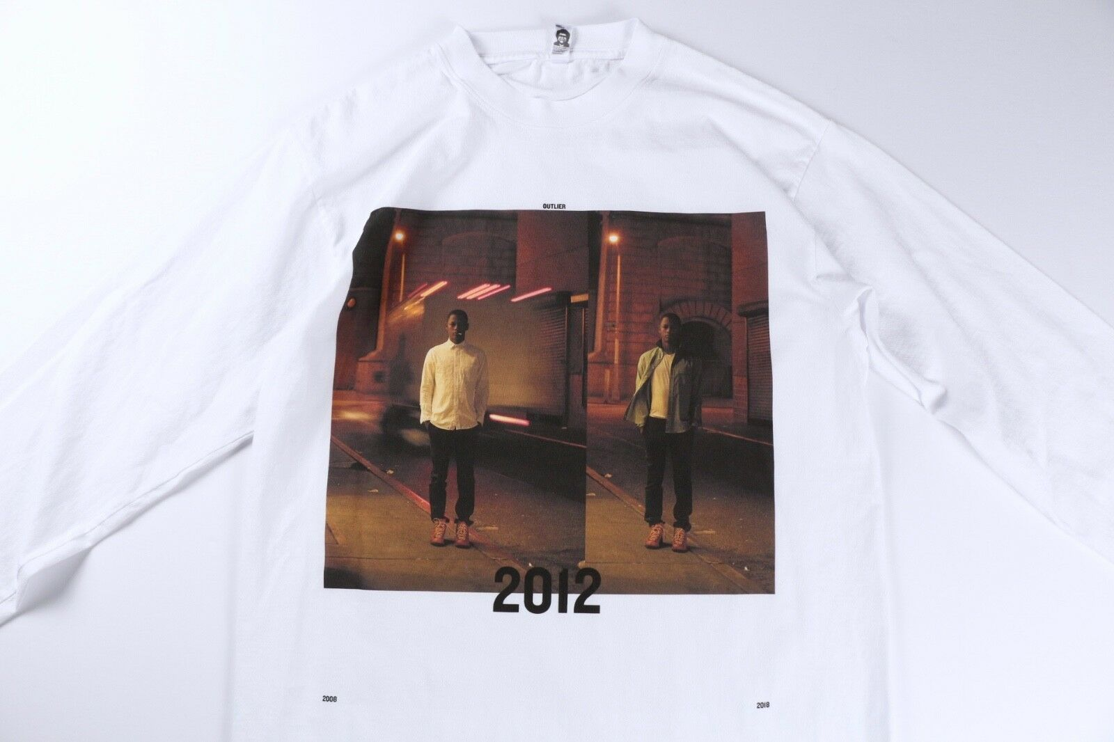 Outlier Mens Weiß 10 Year Anniversary 2012 Exhibition T Shirt Tee M Medium