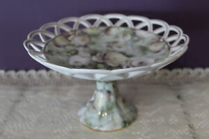 SKYE-MCGHIE-039-ANTIQUE-ROSE-039-FINE-PORCELAIN-COMPOTE-WITH-LACE-EDGE