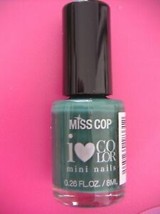 NEUF-VERNIS-A-ONGLES-MISS-COP