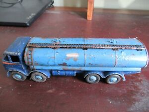 DInky Toys Foden 14 Ton tanker 1st type Grille