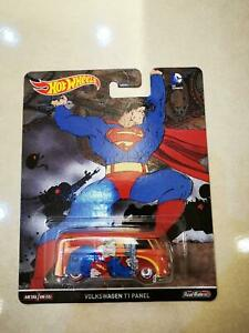 Hot-Wheels-T1-Panel-Superman