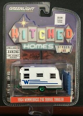 1964 /'64 WINNEBAGO 216 TRAVEL TRAILER HITCHED HOMES GREENLIGHT DIECAST 2017