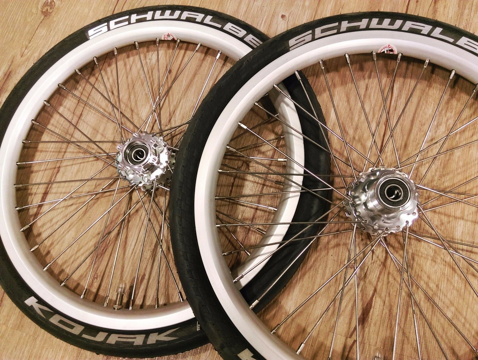 "silver Strida 18/"" wheel set w// schwalbe tube /& kojak tire"