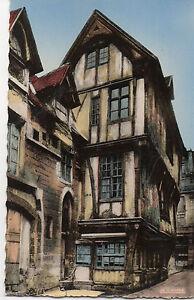 Postcard-Europe-France-Rouen-old-house-Saint-Romain-Street-unposted