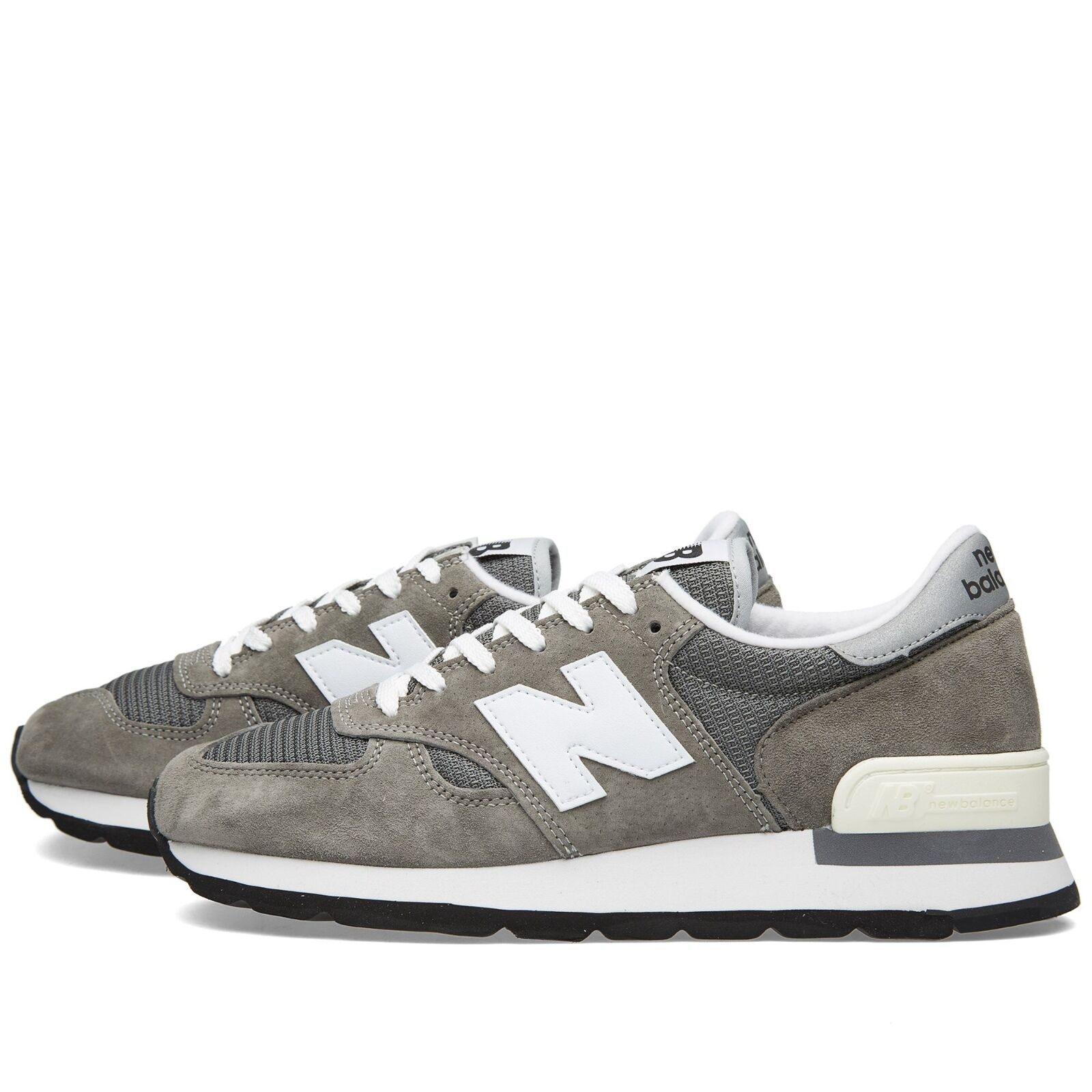 NEW BALANCE zapatos  STYLE M990GRY Color gris MADE IN THE USA