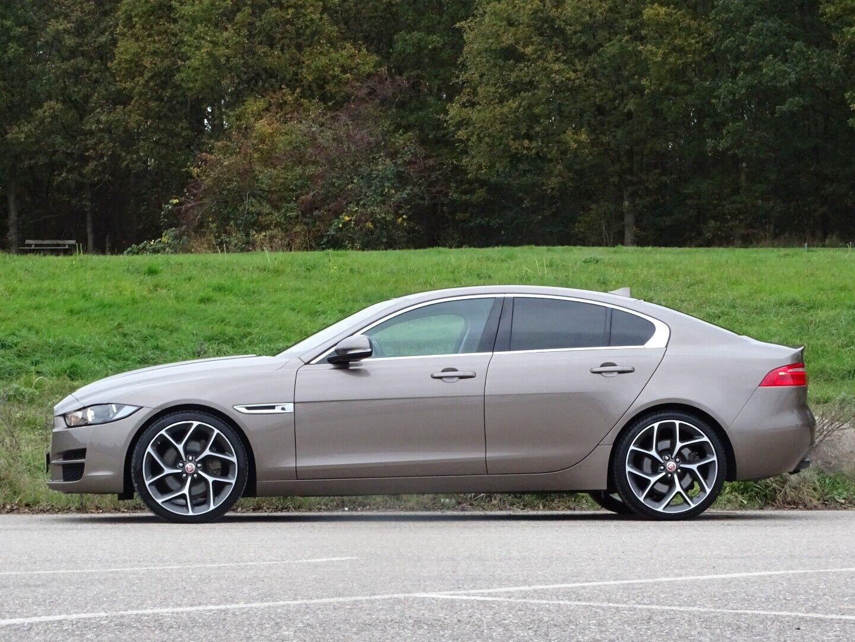 Jaguar XE 2,0 P200 Pure aut. - billede 2