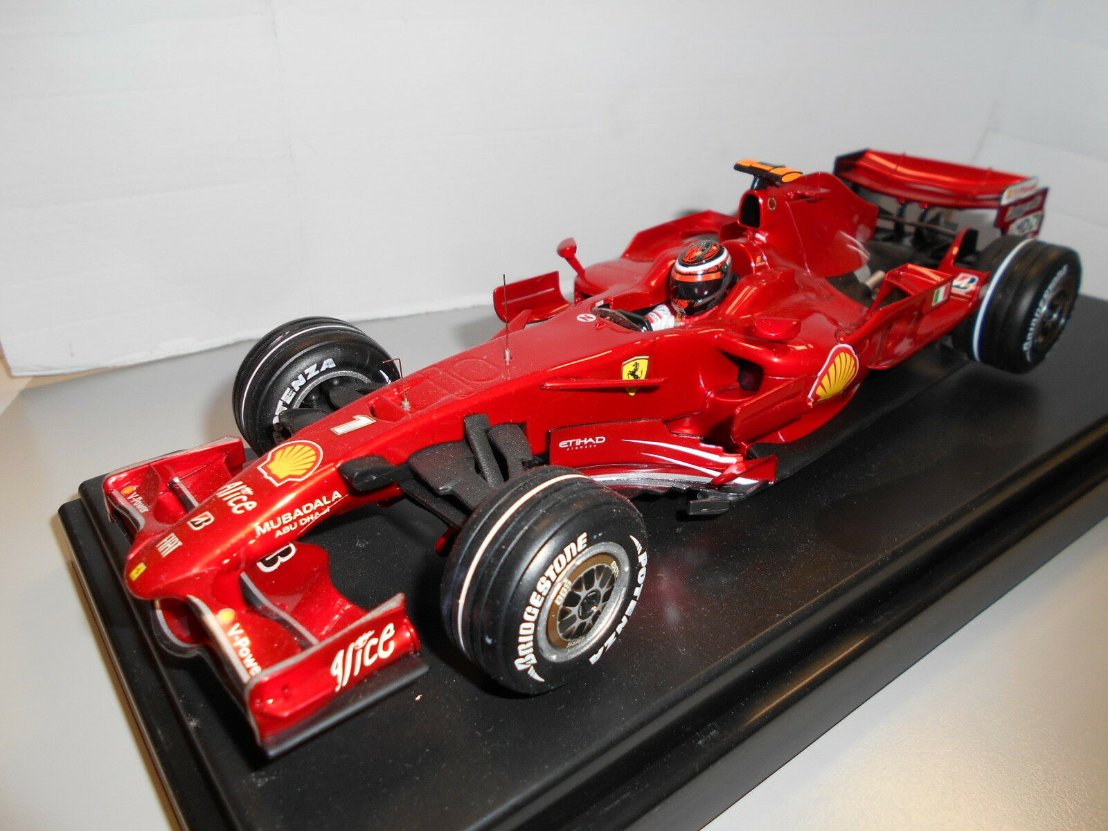 HWL8780  FERRARI F2008 K. RAIKKONEN THE PERFECT RACE SPANISH G.P 1 18