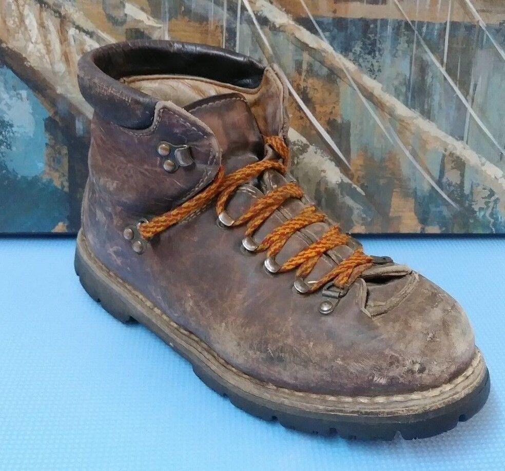 Vintage Montello Mountaineering Leather Boots Vibram Soles 8.5