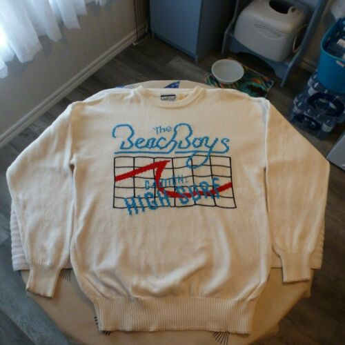VINTAGE 1985 BEACH BOYS SWEATER SIZE LARGE