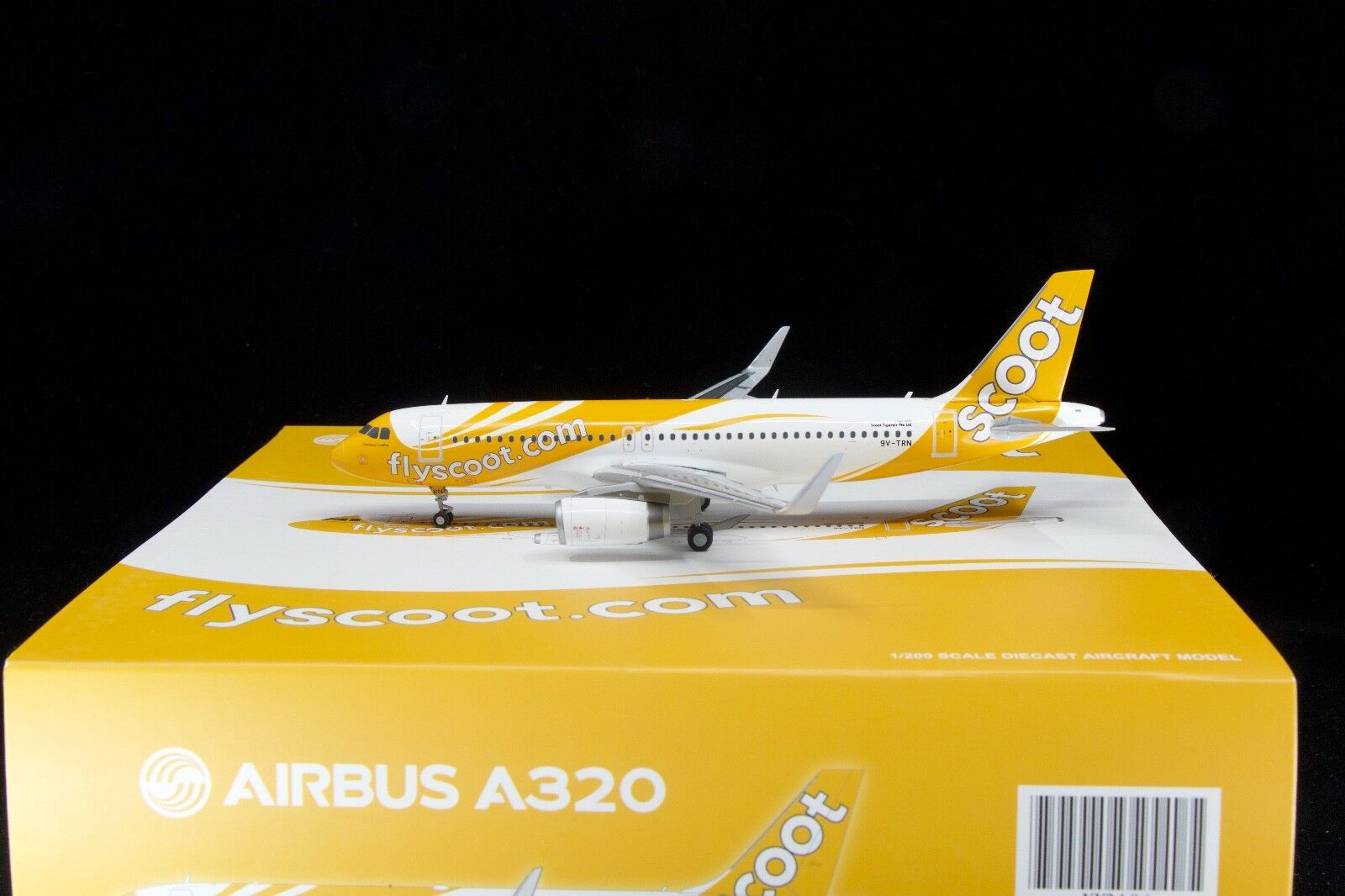 JC Wings 1 200 A320SL Scoot 9V-TRN