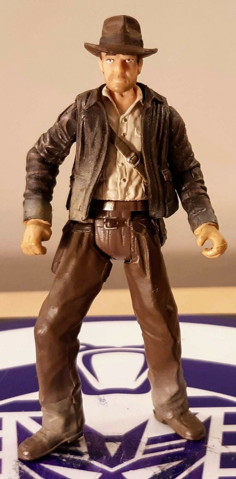 Indiana Jones Figura Figura Figura de Acción 2008 Hasbro Templo Alberca Caída Excelente  increíbles descuentos