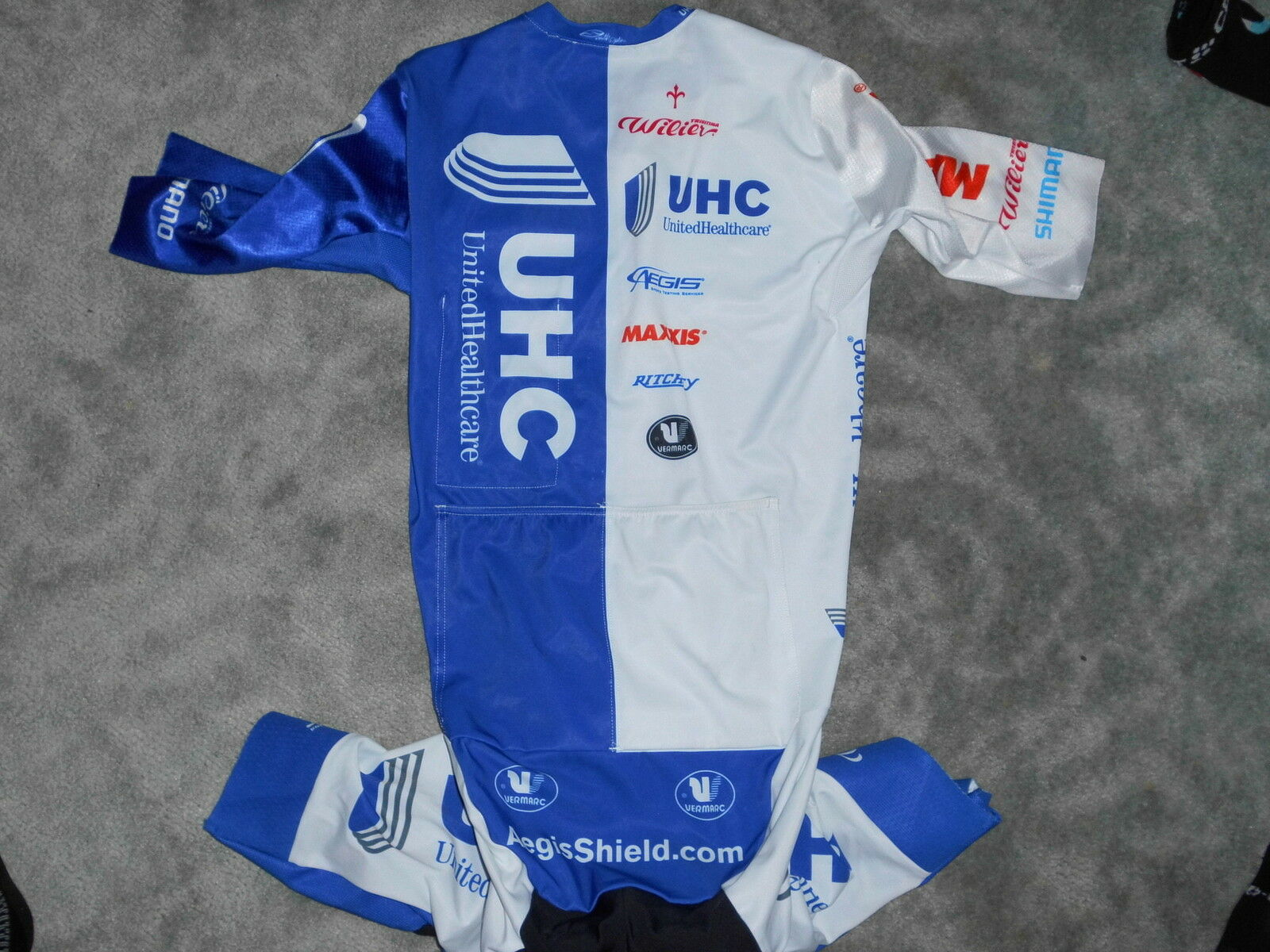 Vermarc Team United Health Care Road Kriterium Einteiler Road Care Skinsuit c7a1dd