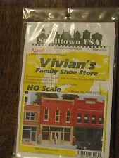 Smalltown USA HO #699-6013 Vivian's Family Shoe Store
