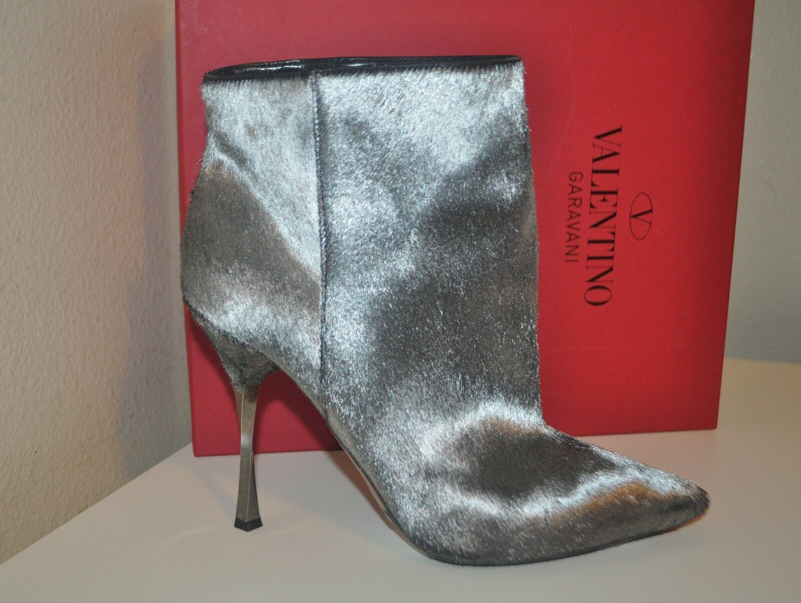 1445 Valentino Genuine Calf Hair Pointy Toe Ankle Boot Twisted Heel Shoe 39-8.5