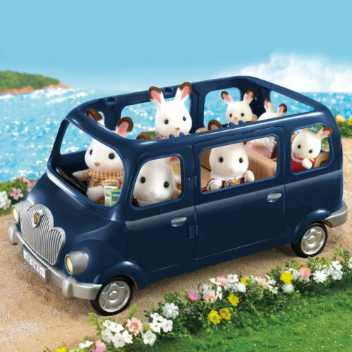 Sylvanian Families Bluebell Seven Seater Car Play Set Age 3+