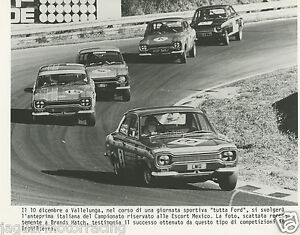 BRANDS-HATCH-1971-FORD-ESCORT-MEXICO-RACING-PHOTOGRAPH