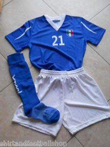 Completo-ITALIA-Calcio-Calcetto-Azzurri-Replica-Con-Nome-e-Numero-a-Richiesta
