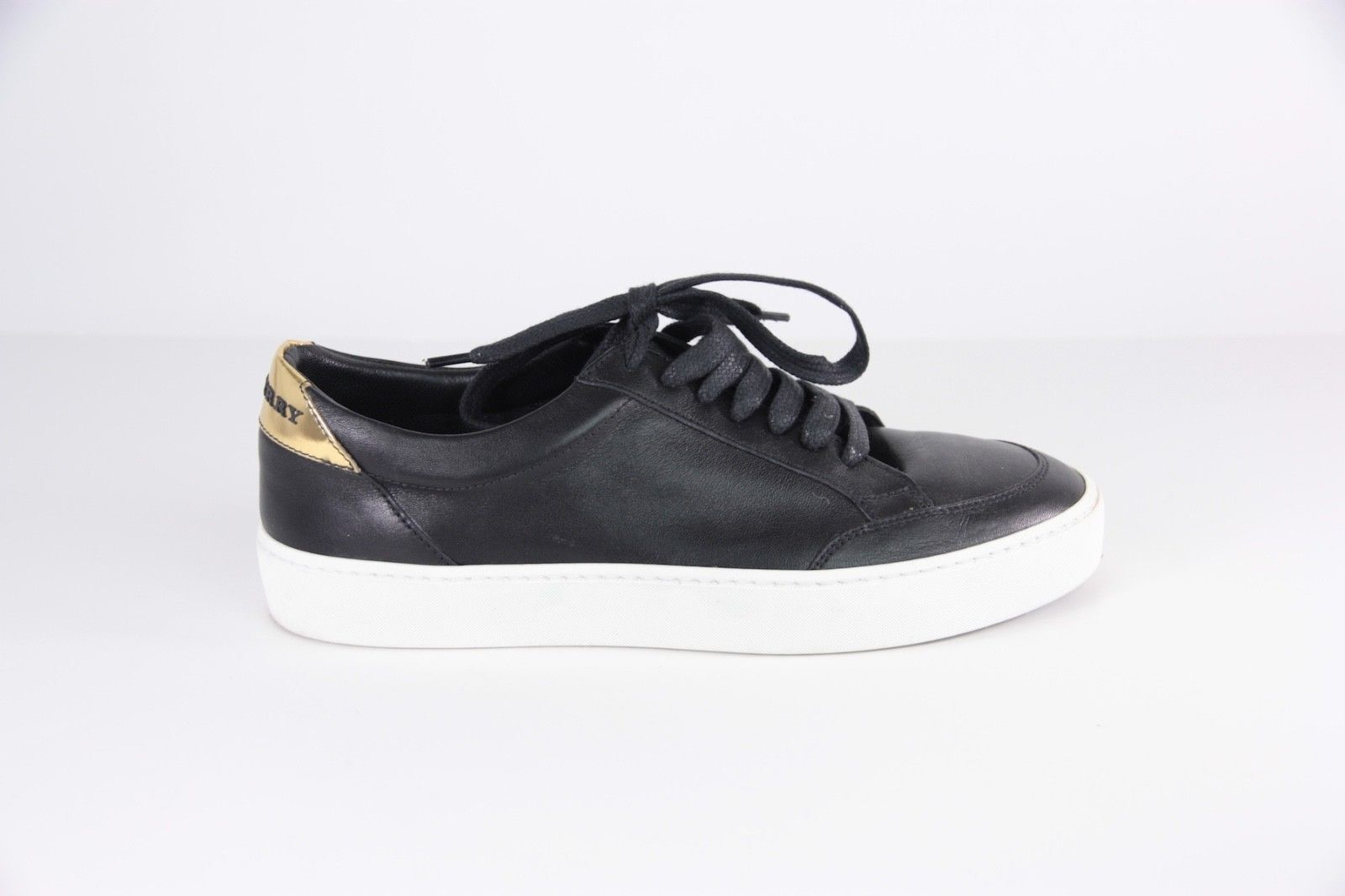 Women's Burberry Black White Sole Salmond Sneakers Trainers 37.5  395