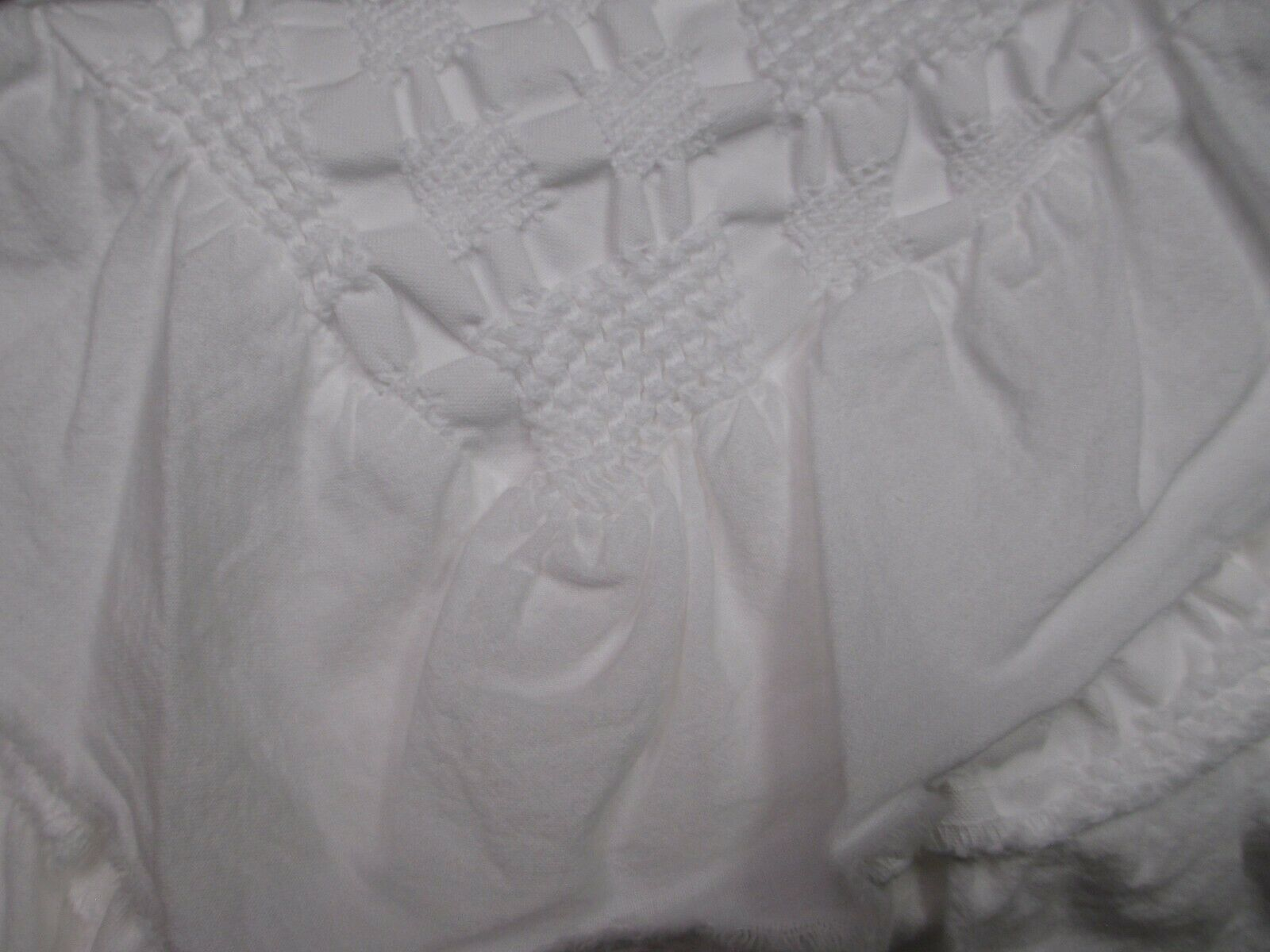 INUP Home Portugal Cottage Shabby White Matelasse Diamond Ruffle Coverlet - King
