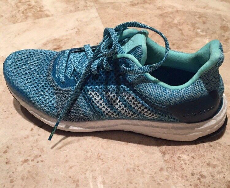 New Adidas S80619 Women Ultra boost  Running shoes bluee-green Sz.