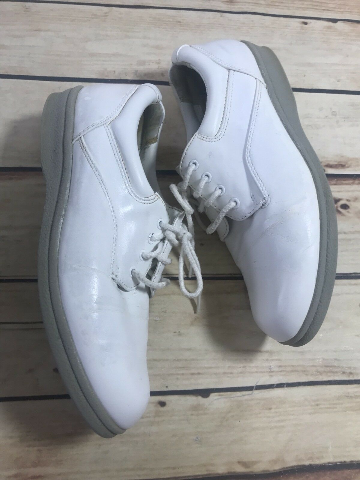 AirStep Vtg Womens Size 7.5 White Lace Up Round Toe Sneaker Shoes Sport Loafers
