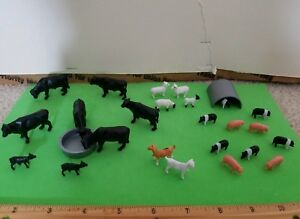 Ertl-Farm-Country-Bag-of-Animal-Farm-COWS-CATTLE-PIGS-GOATS-amp-SHEEP-1-64SCALE
