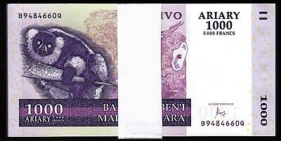 MADAGASCAR 10000 10,000 ARIARY 2017 P NEW AUNC ABOUT UNC