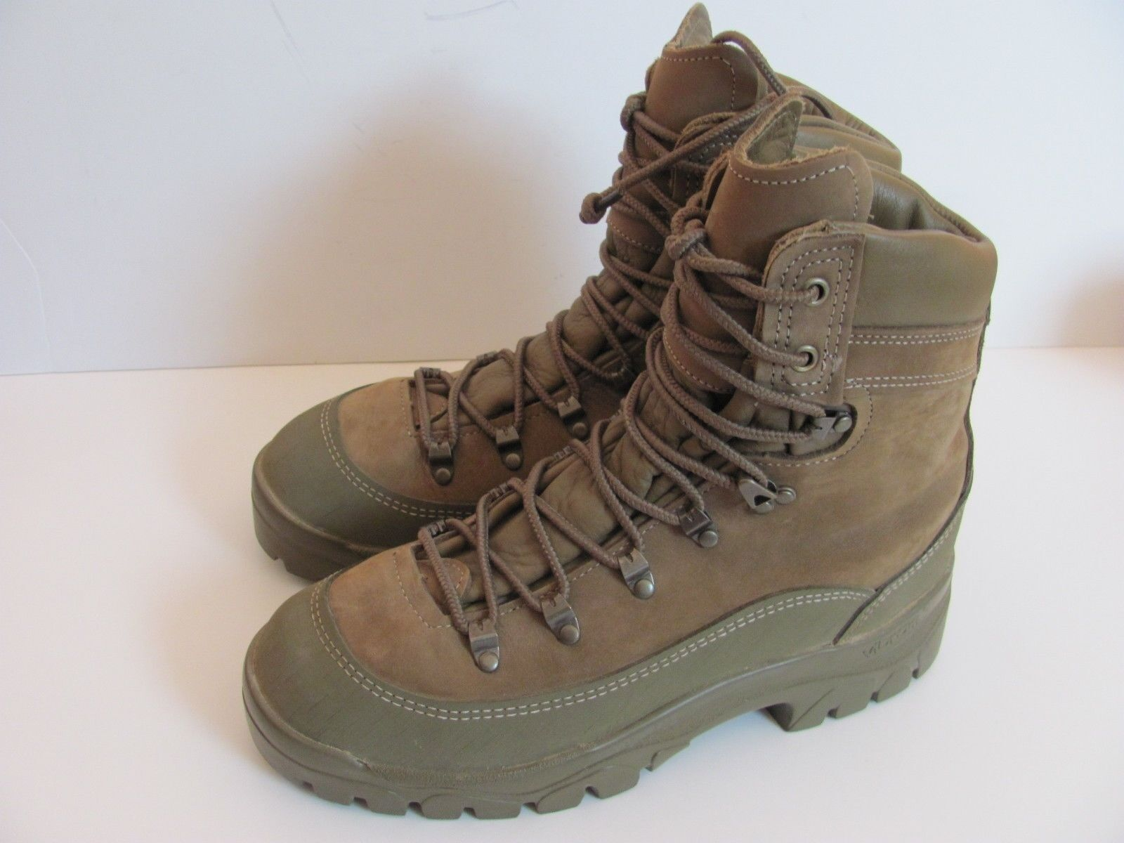 Belleville NEW  MCB 950 Gore-Tex Mountain Tan Hiking Hunting Boot  Men's US 8.5R