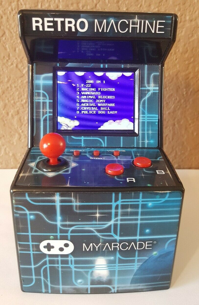 200 Games My Arcade Retro Arcade Machine Handheld Gaming System ™