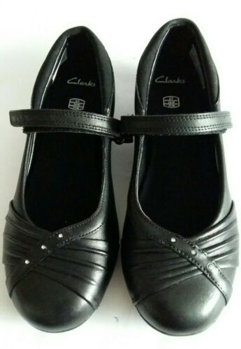New Clarks Junior Girls Black Leather School Shoes Size UK 13-3 Fit F-G