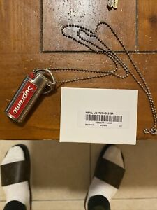Pre-Owned-Supreme-SS19-Metal-Lighter-Holster-Keychain-Gray-Red-Box-Logo-Silver