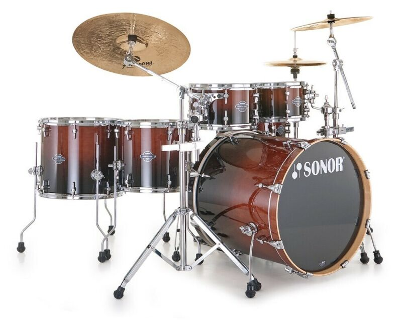 Drummer available for collaboration