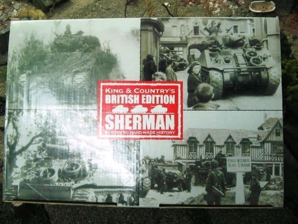 WOW EXTREMELY RARE King & Country D Day DD065 British Sherman 13 18 RH 500 BNIB