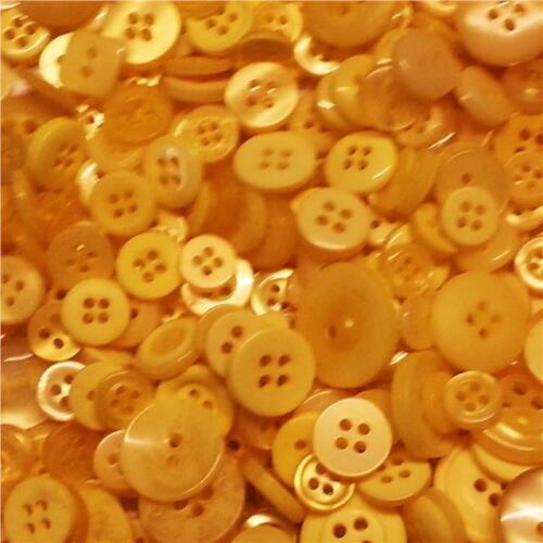 100 Small Buttons Baby Mixed Art Craft Scrapbooking Bouquet Table Decoration
