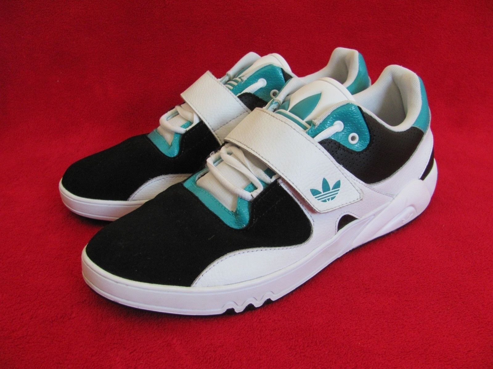 Adidas Round House Low Trainer  White Black Mint Green Basketball  Men's US 11.5