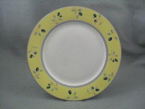 Royal-Doulton-Blueberry-dinner-plate