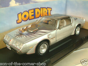 Greenlight-1-18-1979-Pontiac-Firebird-Trans-Am-en-la-Plata-034-Joe-Dirt-034-Pelicula