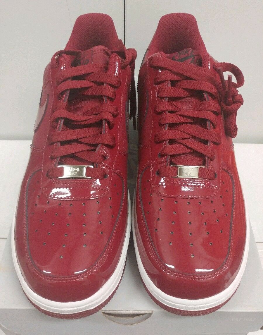 DS Nike Air Force 1 '07 Crimson Red Patent Leather Sneakers Size 10 315122 601