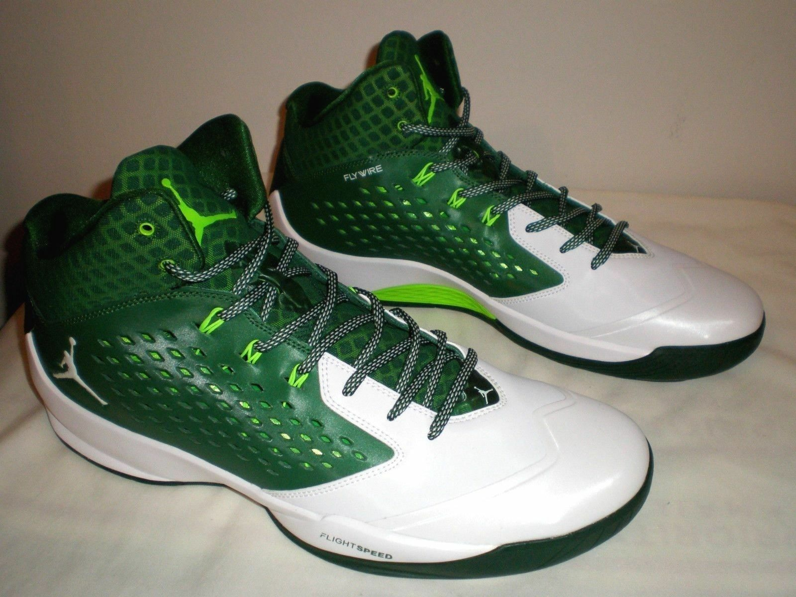 The most popular shoes for men and women Mens NIKE JORDAN Rising High Basketball Shoe 768931 323 GREEN WHITE Sz 13.5