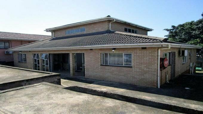 12 Bedroom with 12 Bathroom House For Sale in Montclair (Dbn) Kwa-Zulu Natal
